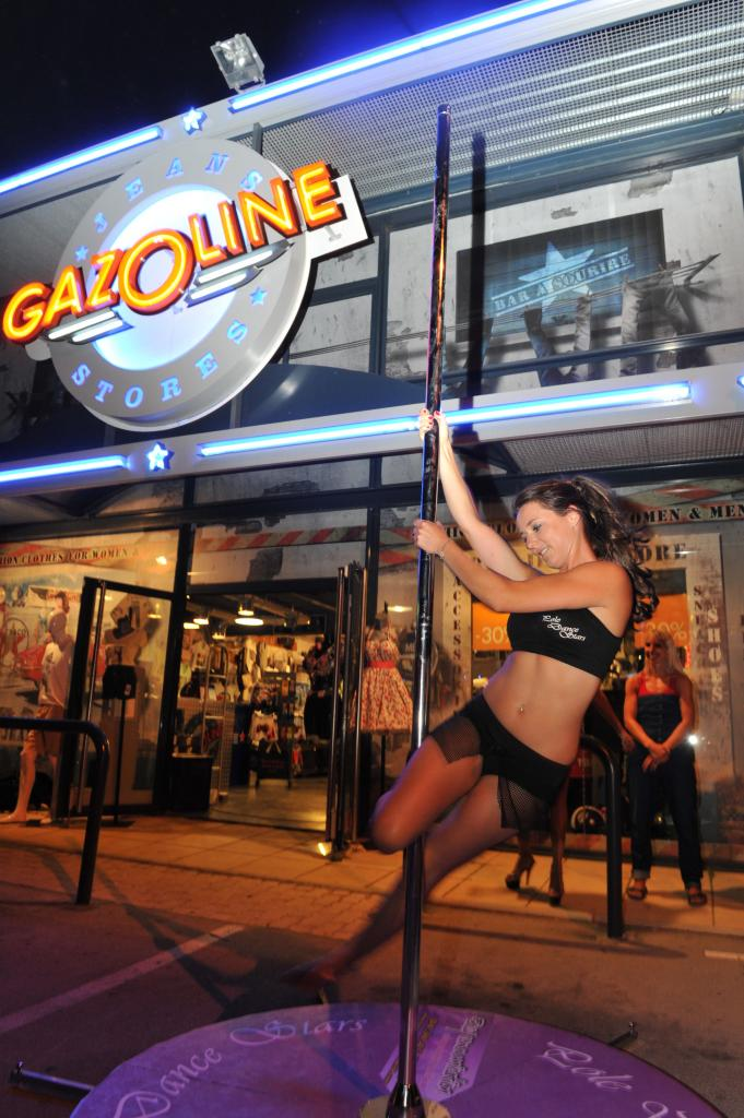 Demo Pole dance Stars à Gazoline